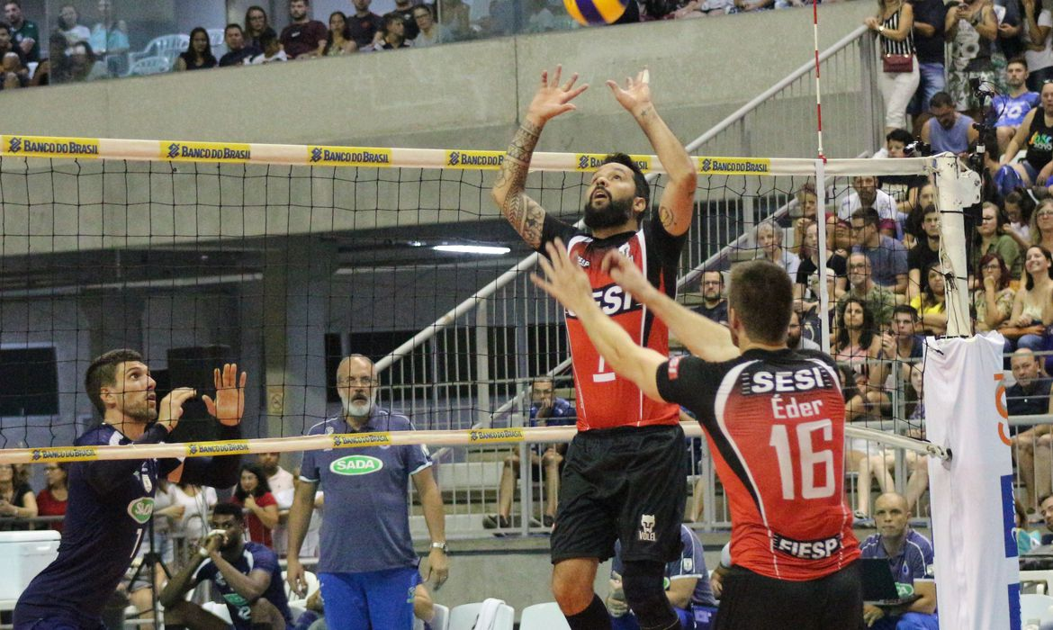 Com Superliga de vôlei encerrada, Sesi-SP anuncia dispensa de elenco